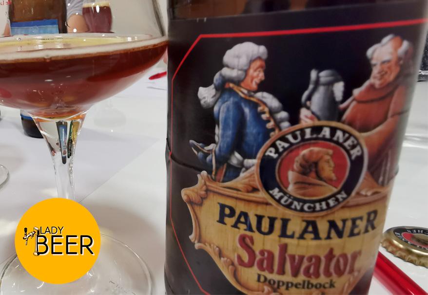 """Paulaner Salvator y el """"mito"""" de la no bendición papal"""
